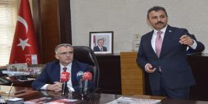 Bakan Ağbal'dan Başkan Külcü'ye Övgü