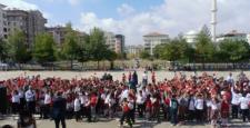 FSM İlkokul Öğrencileri 15 Temmuz Şehitlerini Andı