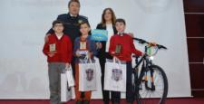 Santranç Şampiyonlarına Ödülleri Verildi