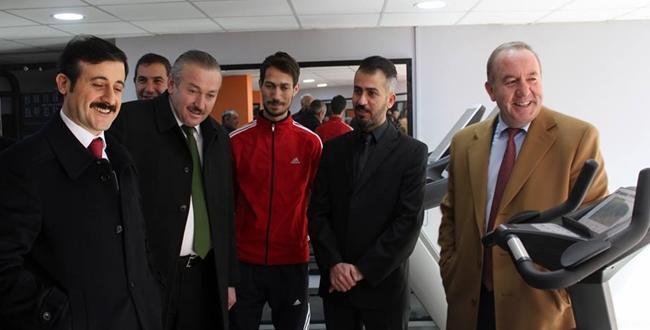 Grand Fıtness Spor Merkezi Açıldı