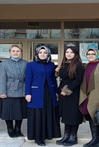 Ak Partili Kadınlardan Sevgi Dolu Ziyaret