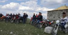 Motokros Tutkunları 'Aygar Dağı'na Tırmandı
