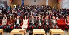 """""""Diplomasi ve Edebiyat"""" Konulu Konferans Düzenlendi"""