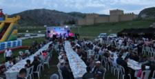 Hattuşa'da Surlar Önünde İftar Sevinci