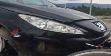 Otomobil Tümseğe Çarparak Durdu