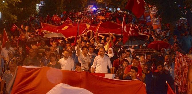 Milli Birlik Yürüyüşü'ne Binler Katıldı