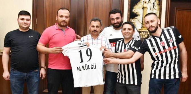 Beşiktaşlılardan Külcü'ye Formu