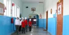 Eğitimi Koridora Taşıdılar