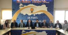 AK Parti Başbakan İçin Toplandı