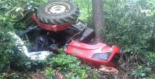 Traktör Ağaca Çarptı : 1 Yaralı