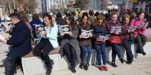 Çocuk İstismarını Protesto Ettiler