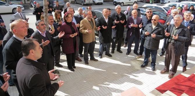 Fatih Eczanesi Açıldı