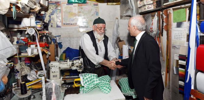 Başkan Gül'den Arasta Esnafına Ziyaret