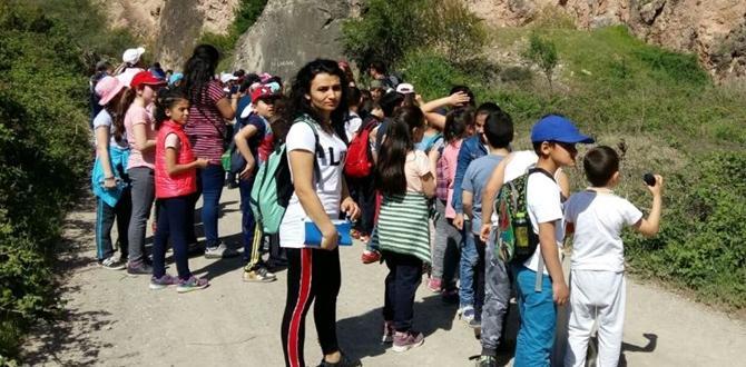 Çevreci Öğrenciler Doğa Yürüyüşü Yaptı