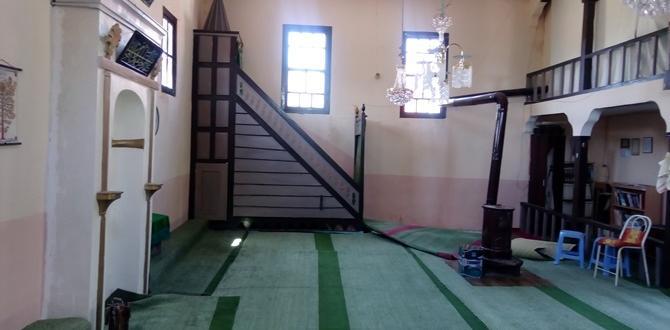 Körücek Camii Onarım Bekliyor