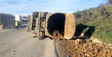 Hafriyat Kamyonu Devrildi