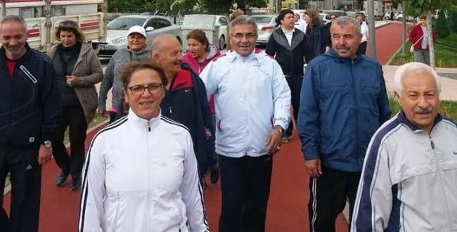 CHP'liler Sabah Sporu Yaptı