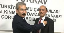 TÜRKAV'da Bayrak Değişimi