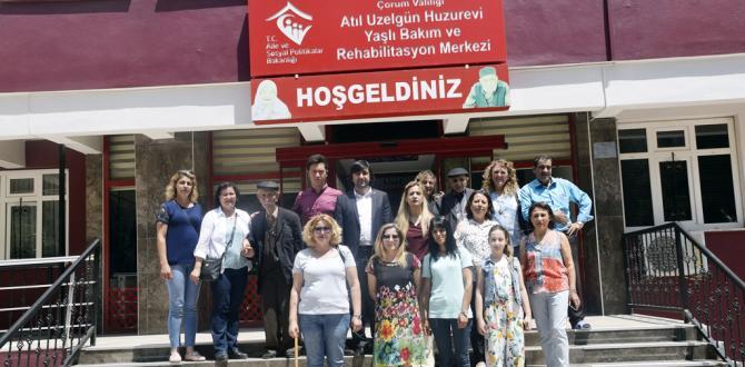 CHP'den Yaşlılara Bayram Ziyareti