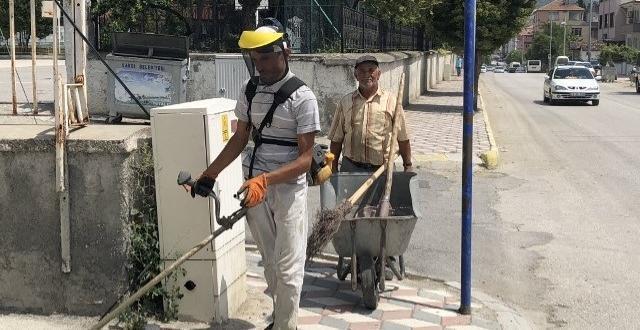 Kargı Belediyesi Temizliyor