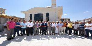 Mehmet Zahit Kotku Camii İbadete Açıldı