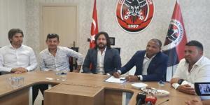 Mehmet Aurelio Belediyespora İmzayı Attı