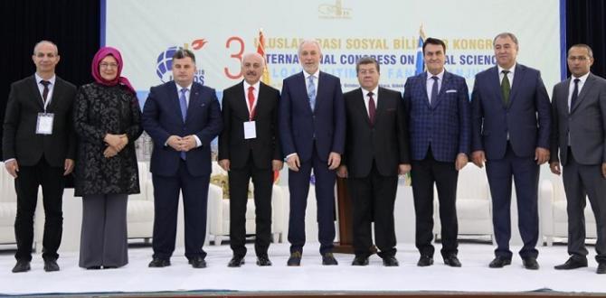 Özbekistan'da Uluslararası Kongreye Katıldılar