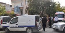 Polis Evinde Ölü Buldu