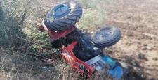 Traktör Şarampole Devrildi: 1 Yaralı