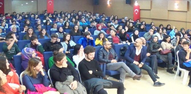 Lider Akademiden Önemli Konferans
