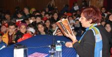 Yazar Buket Uzuner Öğrencilerle Söyleşi Yaptı