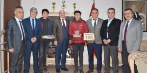 Osmancık'ta Seri Ahşap Oyuncak Üretimi