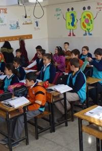 Köy Okullarına Ziyaret Etti
