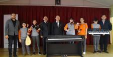 İskilip'te Öğrenciler Piyano Çalacak