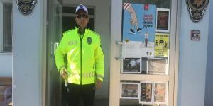 Polisler Yeni Kıyafetlerini Giydi