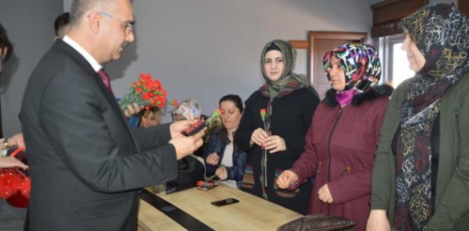 AK Parti, AK Kadınları Unutmadı