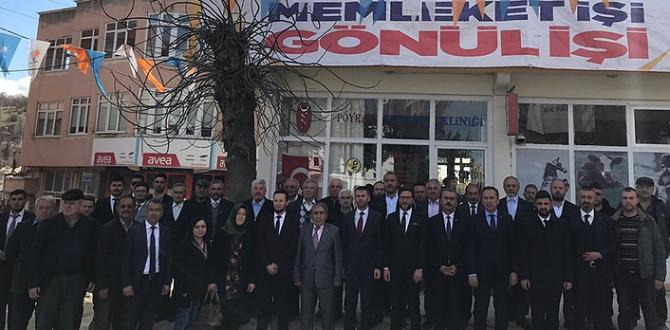 AK Parti Mecitözü'ne Çıkarma Yaptı
