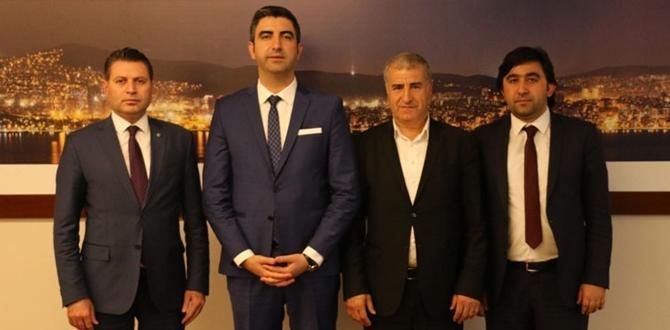 Tüfekçi, Kartal Belediye Başkanını Tebrik Etti