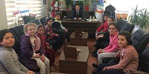 Miniklerden Başkan Amcalarına Ziyaret