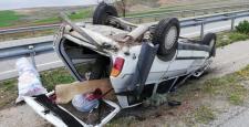 Otomobil Refüje Devrildi : 1 Yaralı
