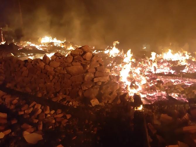 Osmancık'ta Ahır Yangını