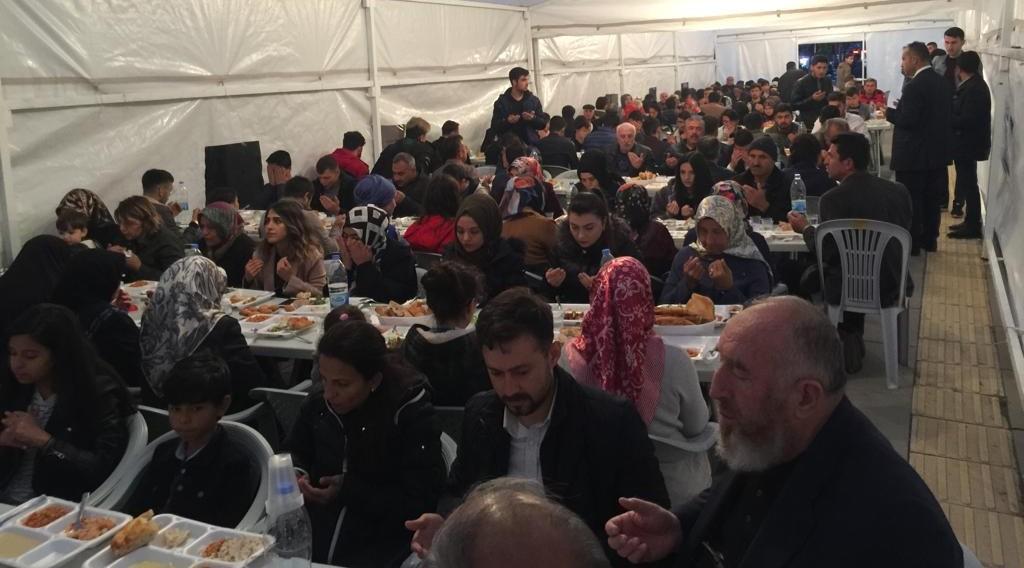 Ülkü Ocakları Şehit ve Gazi Ailelerini Unutmadı