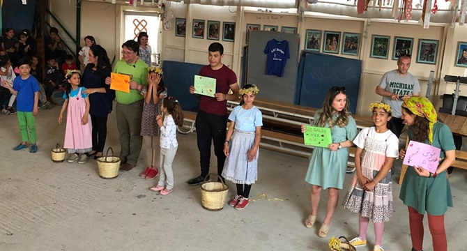 Mehmetçik Anadolu Lisesi Mülteci Çocuklarla Elele