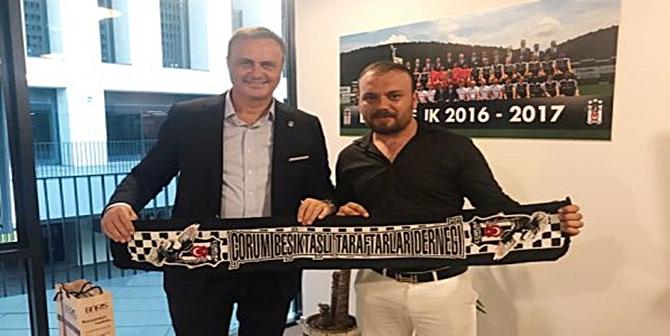 Beşiktaş Başkanı İstifa Etti