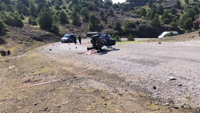Traktör Takla Attı: 2 Kişi Yaralandı