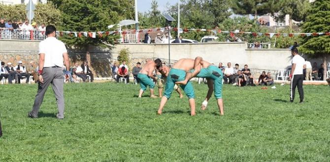 Ortaköy'de Karakucak Güreşleri Yapıldı