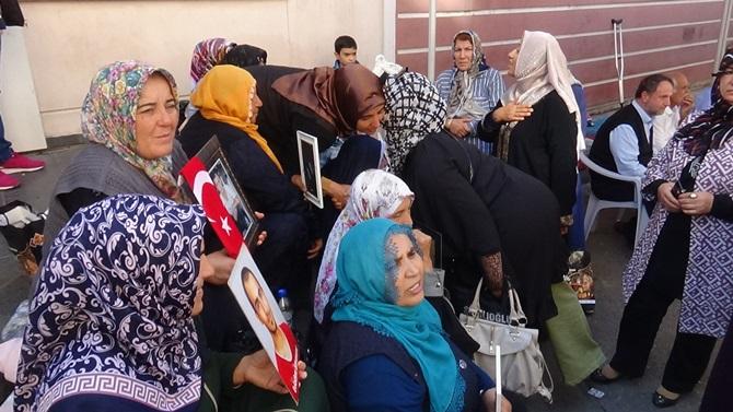 Kent Konseyinden Diyarbakır Annelerine Destek