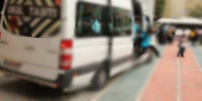 Okul Servisinden Düşen Öğrenci Yaralandı