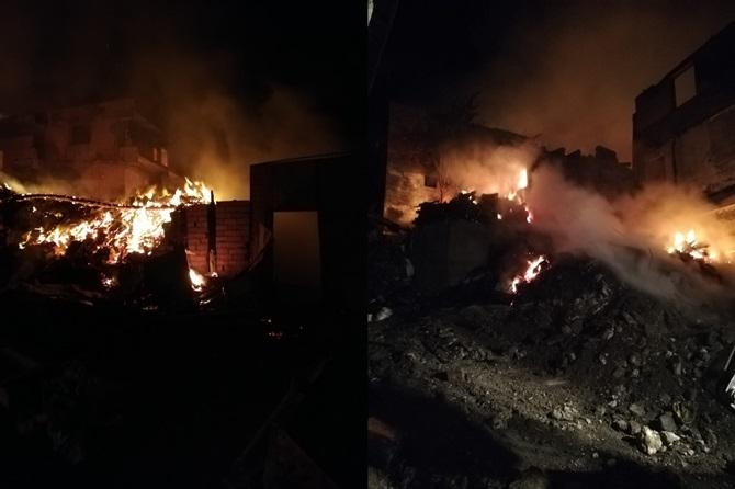 Köyde Çıkan Yangında 9 Ev Kül Oldu