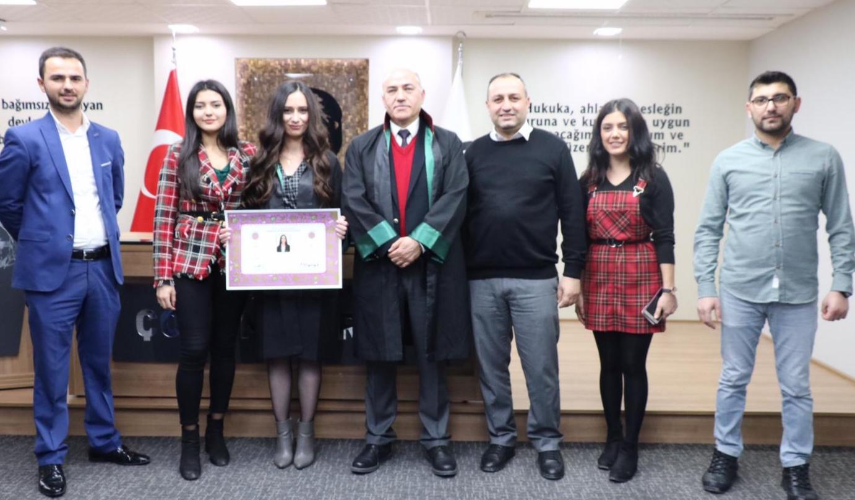 Avukat Ebru Aşan Cübbe Giydi